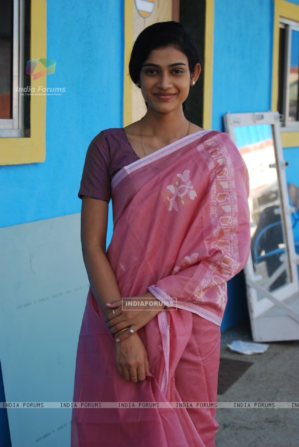 Aakanksha Singh as Mrs Megha Vyas in Na Bole Tum Na Maine Kuch Kaha