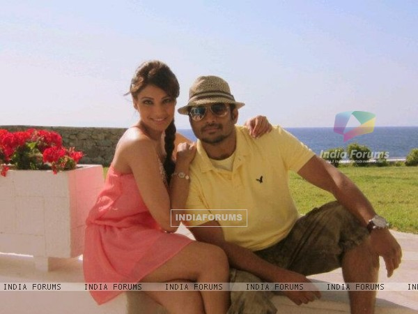Stills of R. Madhavan and Bipasha in the movie Jodi Breakers (178583)