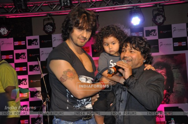 "Sonu Niigam during the release of Kailash Kher's new album ""Kailasha Rangeele"" in Mumbai"