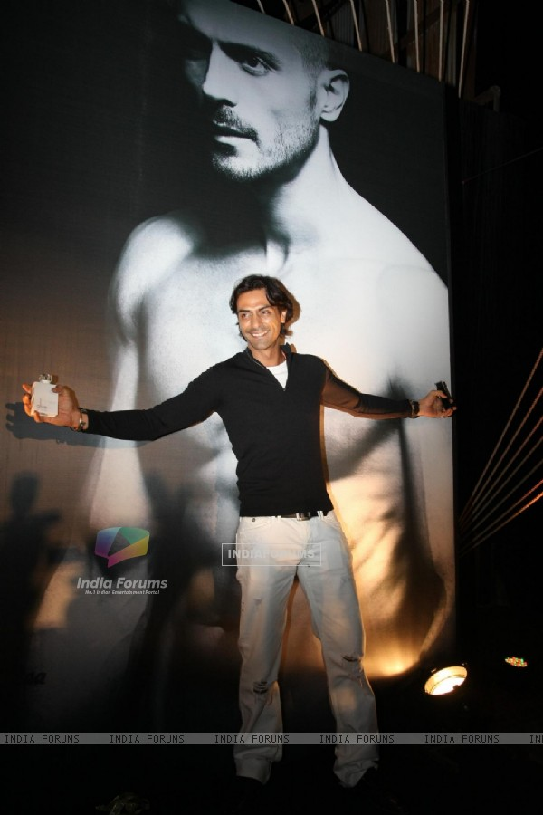 Arjun Rampal 'Alive Perfume' launch at Aurus in Mumbai