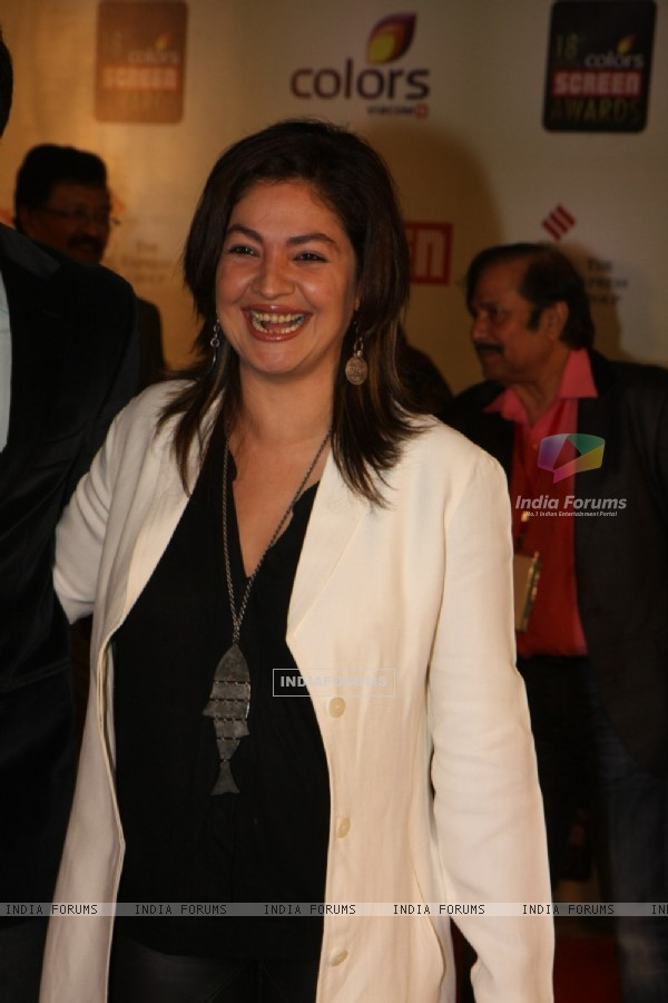 Pooja Bhatt grace 18th Annual Colors Screen Awards at MMRDA Grounds in Mumbai