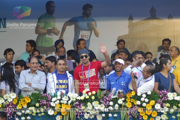 Ranbir Kapoor, Rahul Bose at the Mumbai Marathon 2012