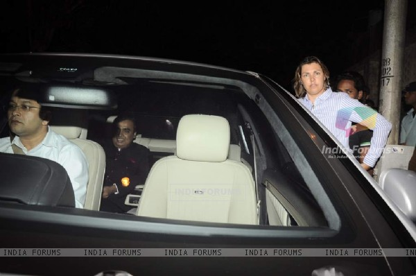 Mukesh Ambani at Parmeshwar Godrej's party for Hollywood talk show host Oprah Winfrey in Mumbai