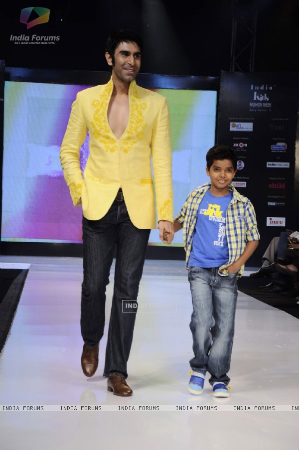 Sandip Soparkar with Kids walk on the ramp for JFK at India Kids Fashion Week day 1 in Mumbai