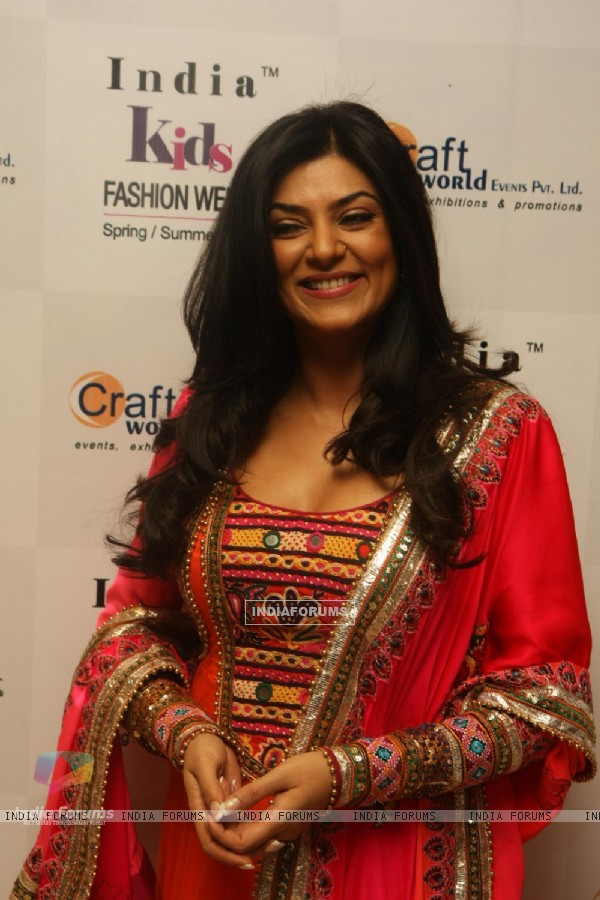Sushmita Sen at India Kids Fashion Week 2012 Grand Finale at Hotel Lalit Intercontinental in Mumbai