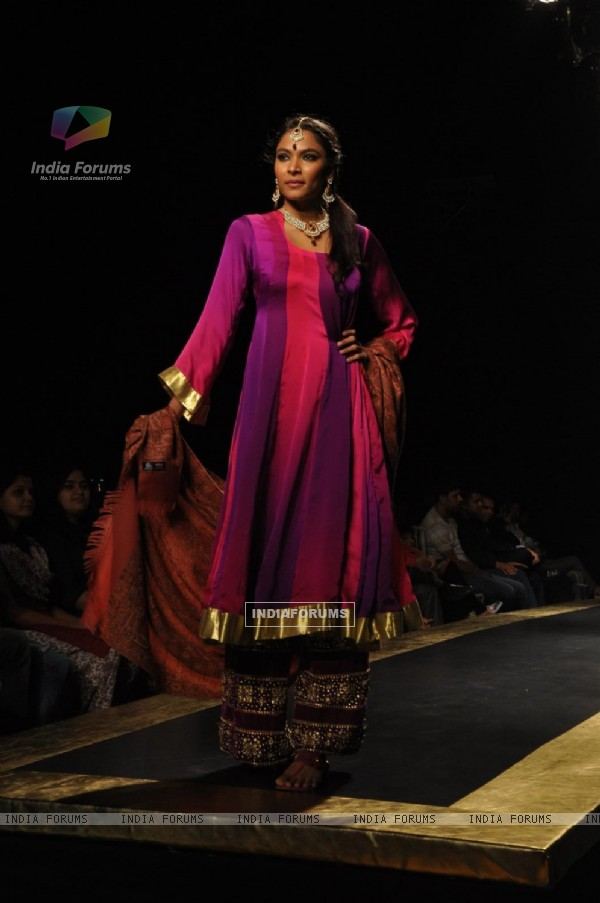 Models walk on the ramp portraying essence of Kashmir Fashion Show