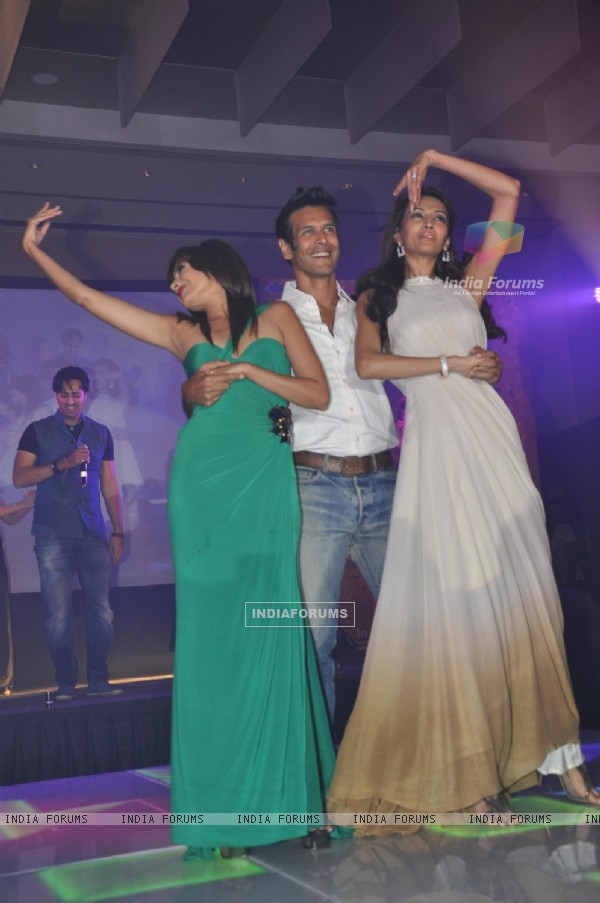 Dipannita Sharma and Milind Soman performs at Music launch of movie 'Jodi Breakers' at Goregaon