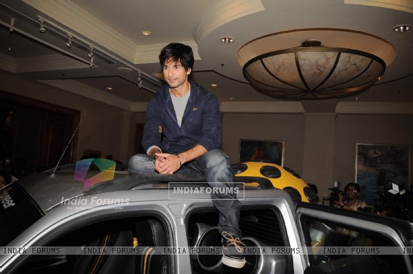 Shahid Kapoor promotes Pioneer at JW Marriott in Mumbai