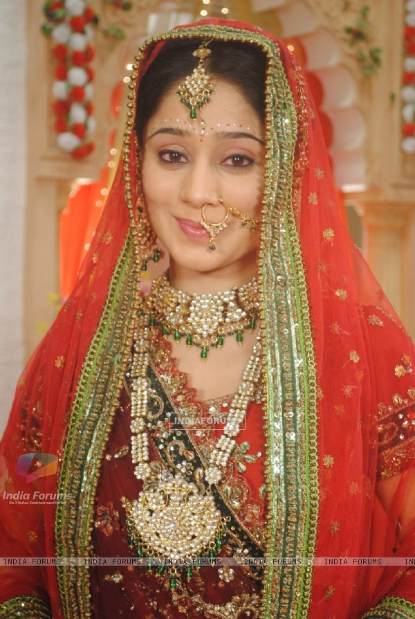 Soumya Seth as Navya in bridal attire