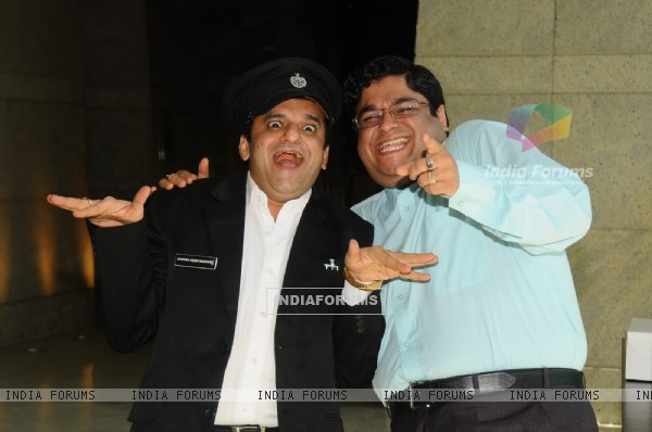 Sumit and Paresh as Gaumukh and Ghotak Narayan in Chidiya Ghar
