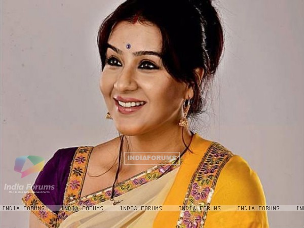 http://img.india-forums.com/images/600x0/180926-shilpa-shinde-as-koel-narayan-in-chidiya-ghar.jpg