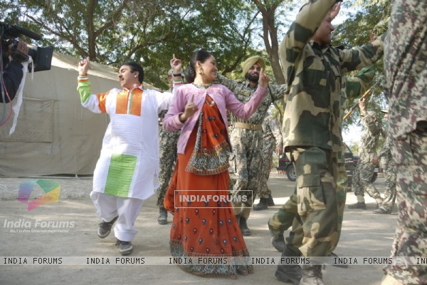Dilip Joshi & Disha Wakani at Kutch celebrating Republic Day in tv show Taarak Mehta Ka Ooltah Chash