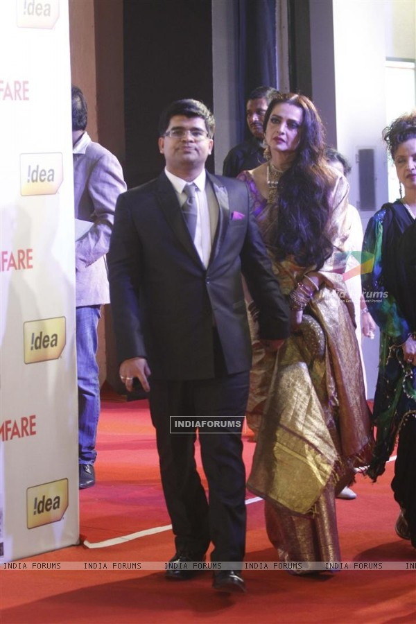 Rekha at 57th Idea Filmfare Awards 2011