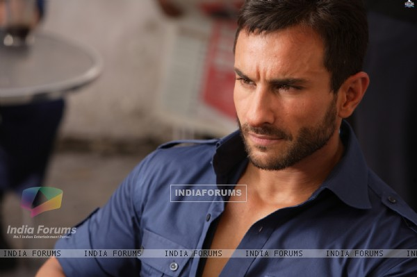 Saif Ali Khan as Vinod in the movie Agent Vinod (181820)