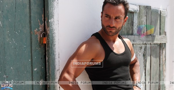 Saif Ali Khan as Vinod in the movie Agent Vinod