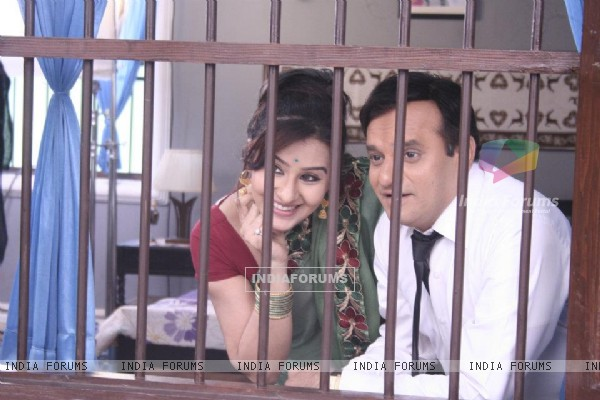 Shilpa Shinde and Paresh Ganatra as Koel and Ghotak