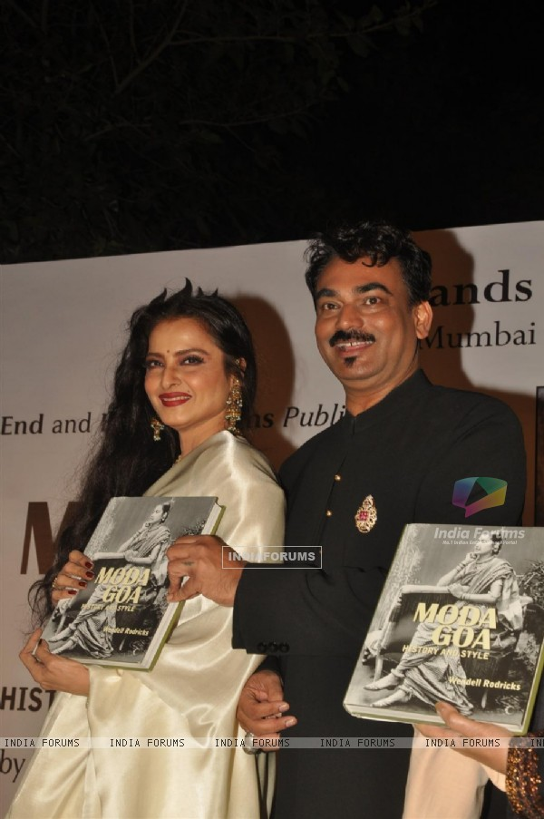 Rekha launch Designer Wendell Rodricks trendy yet traditional Goan culture  book 'Moda Goa' at Taj Lands End