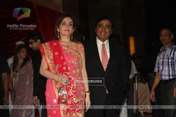 Mukesh & Nita Ambani grace Ritesh Deshmukh & Genelia Dsouza wedding reception in Mumbai