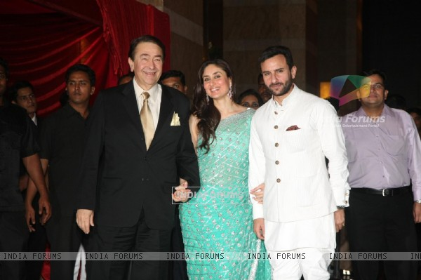 Randhir Kapoor with Saif Ali & Kareena grace Ritesh Deshmukh & Genelia Dsouza wedding reception