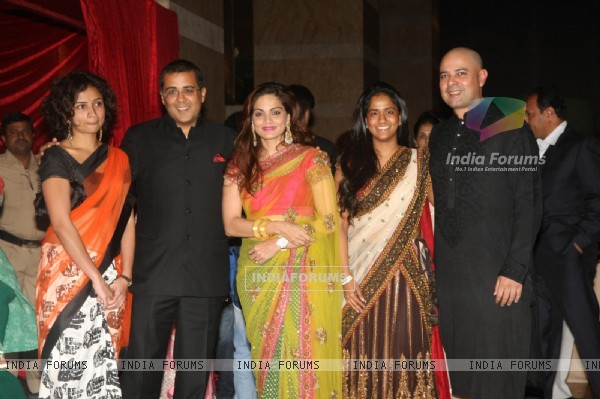 Chetan Bhagat grace Ritesh Deshmukh & Genelia Dsouza wedding reception in Mumbai