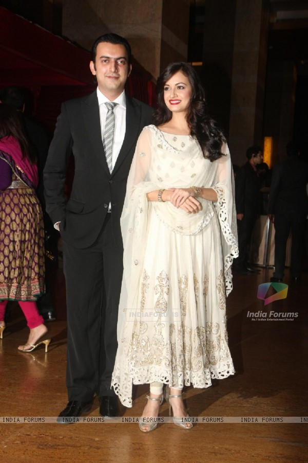 Dia Mirza grace Ritesh Deshmukh & Genelia Dsouza wedding reception in Mumbai