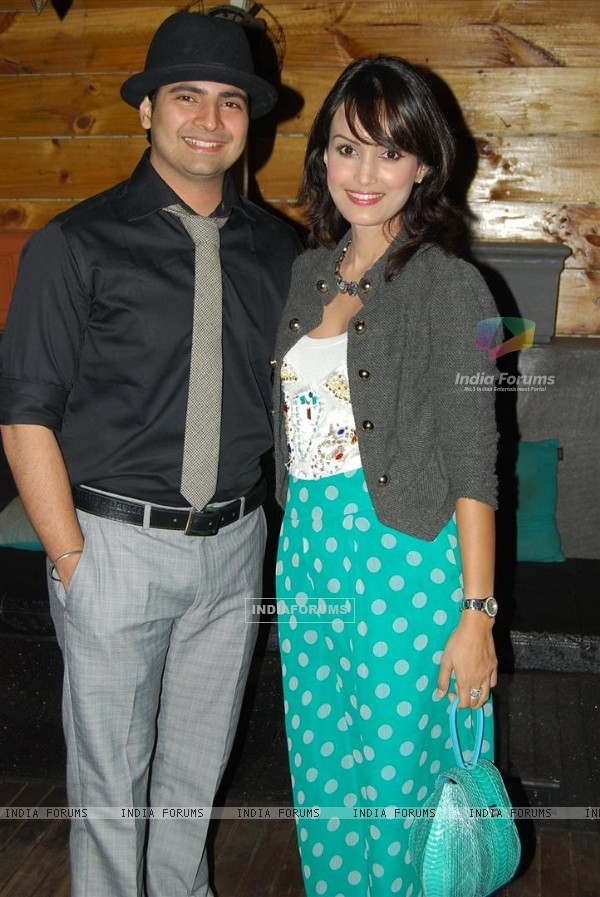 Karan Mehra & Nisha Rawal at Ye Rishta Kya Kehlata Hai 800 episodes celebration Party in Mumbai