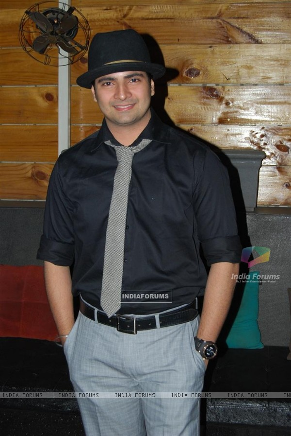 Karan Mehra at Ye Rishta Kya Kehlata Hai 800 episodes celebration Party in Mumbai