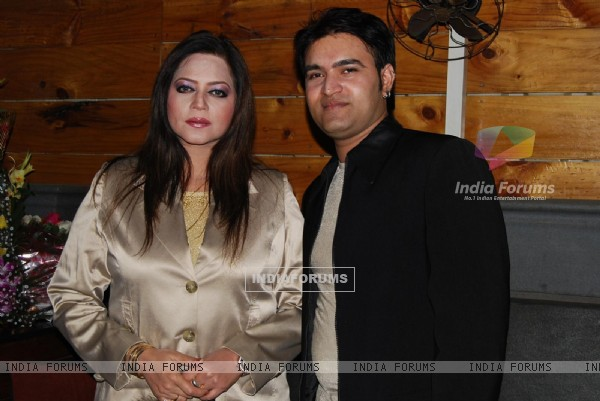 Seema Kapoor with hubby Amit at Ye Rishta Kya Kehlata Hai 800 episodes celebration Party in Mumbai