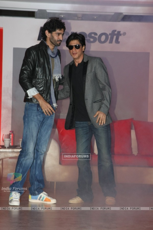 Gaurav Kapoor & Shahrukh Khan at Don 2 Microsoft promotions at Taj Lands End