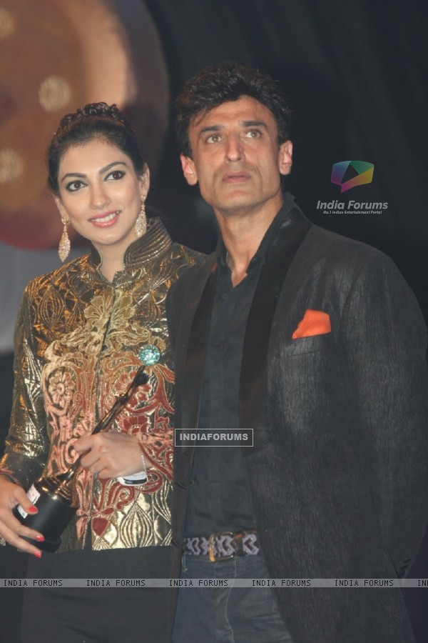Yukta Mookhey & Rahul Dev at Kelvinator Gr8 Women Awards 2012 in Mumbai