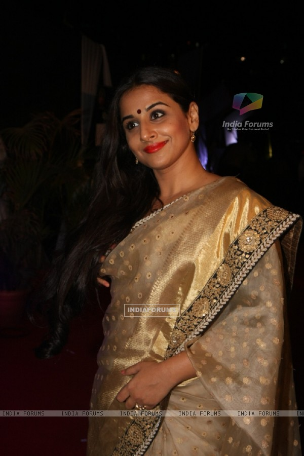 Vidya Balan at Kelvinator Gr8 Women Awards 2012 in Mumbai