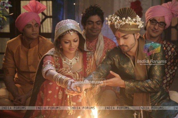 Drashti & Gurmeet as Geet & Maan wedding Sequence in Geet Hui Sabse Parayi