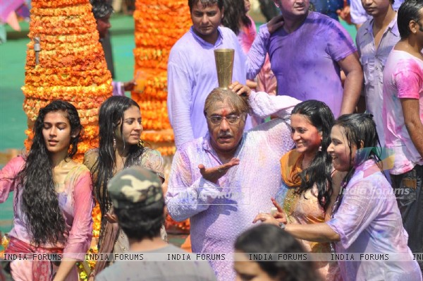 Colors Channel TV serials Artist celebrate Holi
