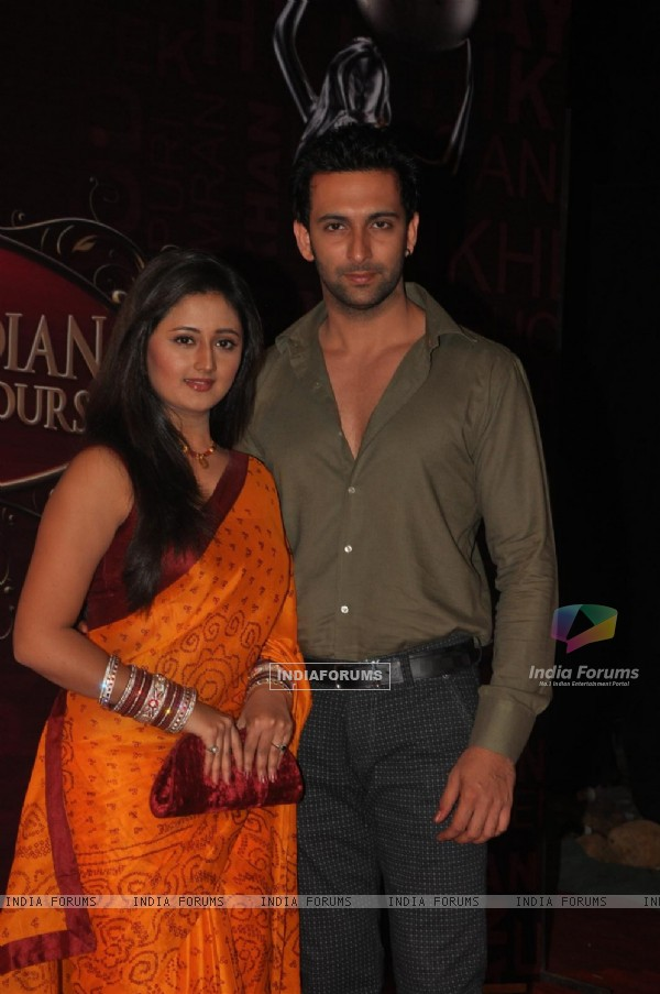 Nandish Sandhu and Rashmi Desai Sandhu at Global Indian Film & TV Honours Awards 2012