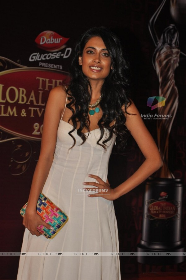 Sarah Jane Dias at Global Indian Film & TV Honours Awards 2012