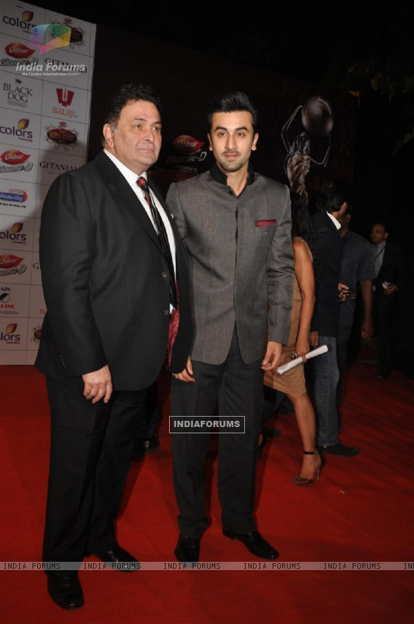 Rishi Kapoor and Ranbir Kapoor at Global Indian Film & TV Honours Awards 2012