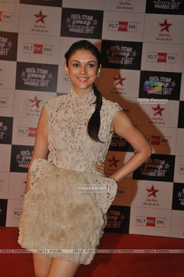 Aditi Rao Hydari at BIG STAR Young Entertainer Awards 2012