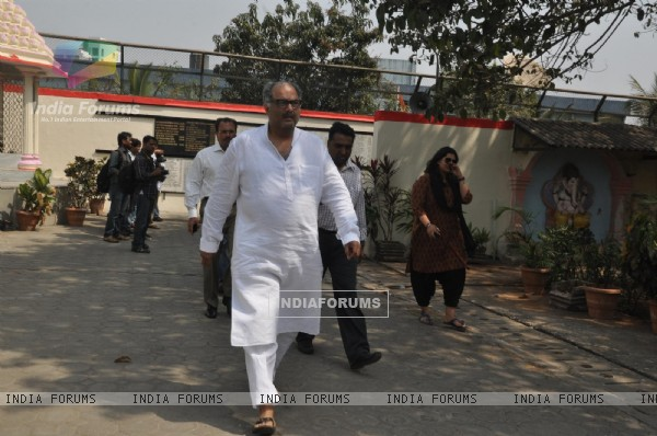 Boney Kapoor at Producer Mona Kapoor's funeral at Pawan Hans