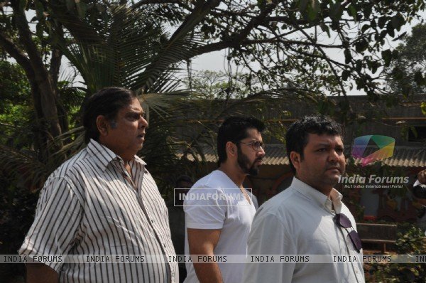 David Dhawan at Mona Kapoor's funeral at Pawan Hans in Juhu, Mumbai