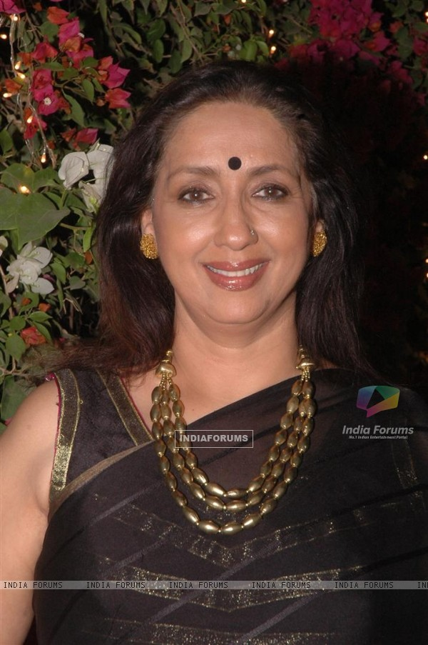 Neena Kulkarni at Meri Maa celebrated their 100 episode success party at a Suburban Restaurant