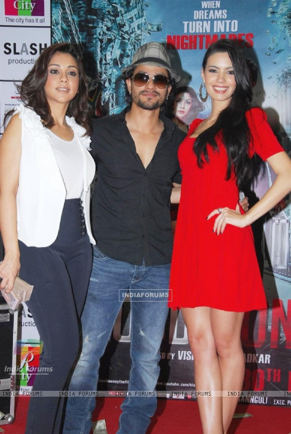 Kunal Khemu, Mia & Amrita Puri promote film 'Blood Money' (191079)