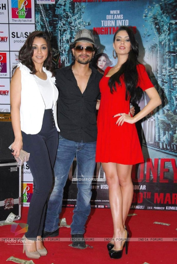 Kunal Khemu, Mia & Amrita Puri promote film 'Blood Money' (191084)