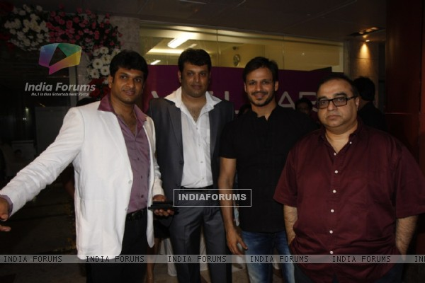 Vivek Oberoi at launch of Welcare Dental Clinic