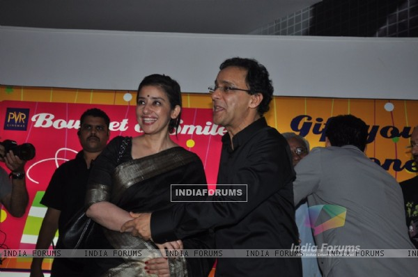 Manisha Koirala and Vidhu Vinod Chopra at premiere of film Parinda at PVR