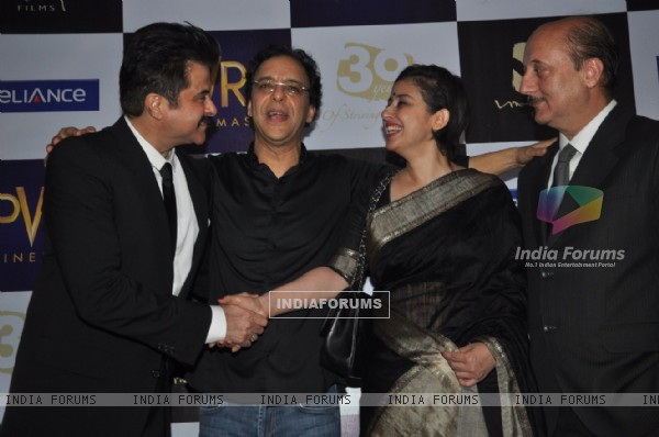 Anil Kapoor, Vidhu Vinod Chopra, Manisha Koirala and Anupam Kher at premiere of film Parinda