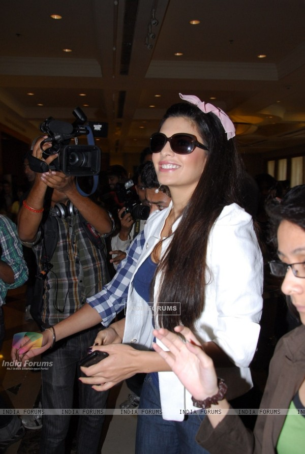 Jacqueline Fernandes at IIFA 2012 Voting Weekend