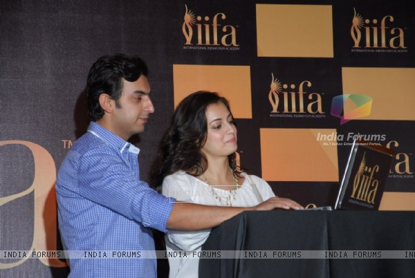 Dia Mirza along with boyfriend and business partner, Sahil Sangha at IIFA 2012 Voting Weekend