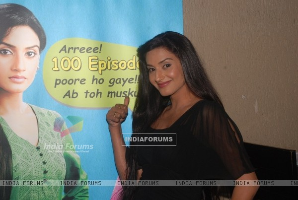 Rati Pandey at the celebration of 100 episodes of Hitler Didi