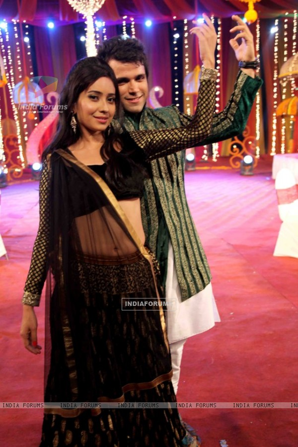 Asha Negi with her Pavitra Rishta co-star Rithvick Dhanjani on the sets of a Zee TV show
