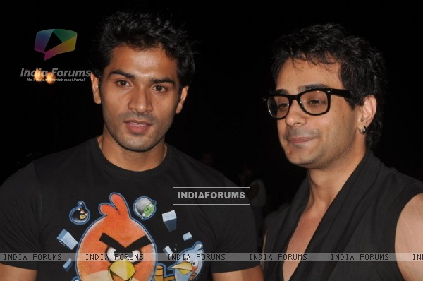 Angad Hasija & Mrunal Jain at GR8! Fashion Walk for the Cause Beti by Television Sitarre